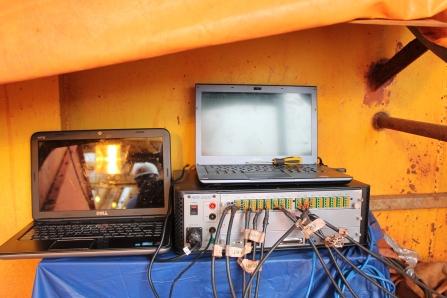 Sistema de aquisição de dados utilizado na monitoração da estrutura.