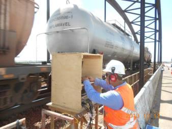 Monitoração dinâmica com trem de combustível