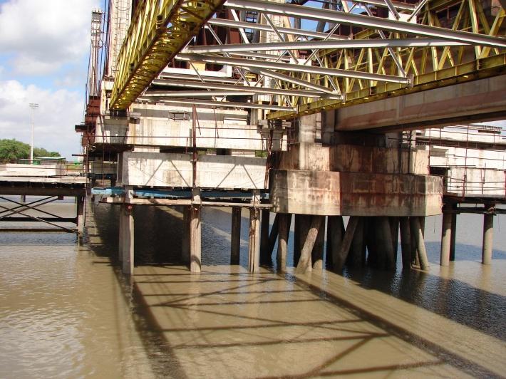 Estrutura de suporte temporário da nova ponte