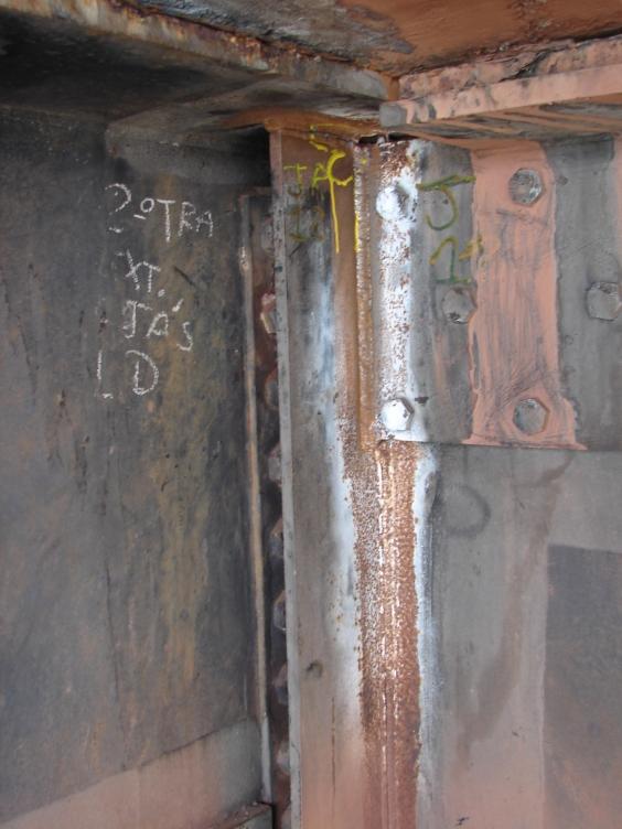 chapas de reforço da estrutura original