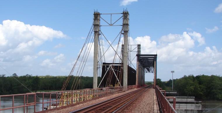 Substituição da ponte ferroviária sobre o Estreito dos Mosquitos