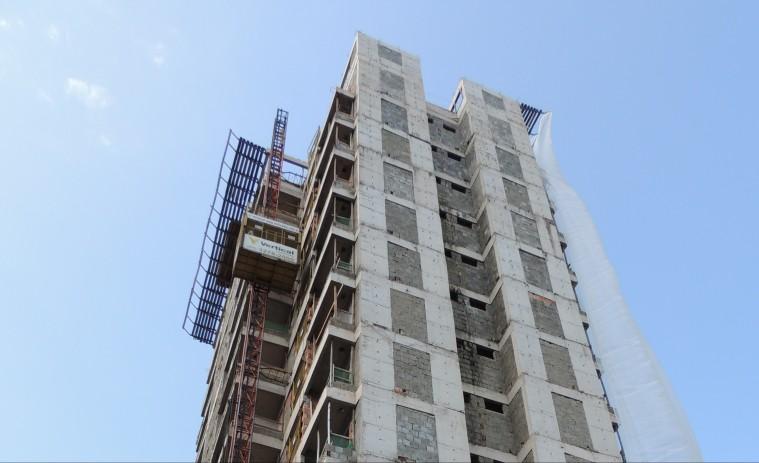 Vista geral do edifício em construção
