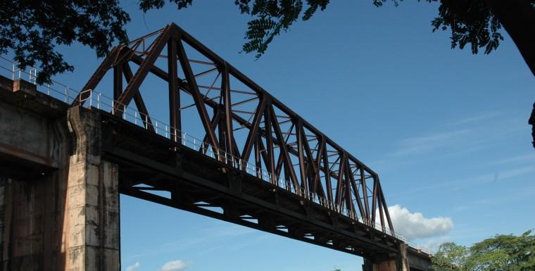 ponte-sobre-o-rio-mearim