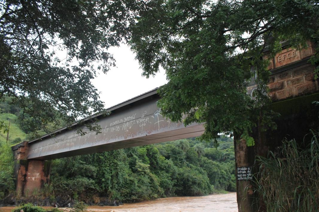 Ponte-funil-rio-paraopeba