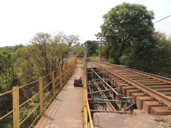 Vista Superior da ponte ferroviária