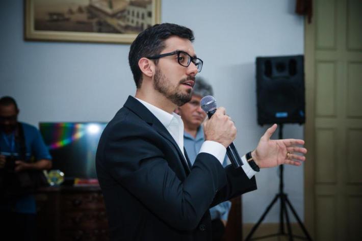 Pronunciamento do Eng. Felipe Calcagno, diretor da construtora Impax, que está executando a obra