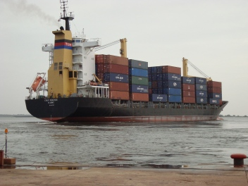 Porta Containers no Rio Tapaj´´os